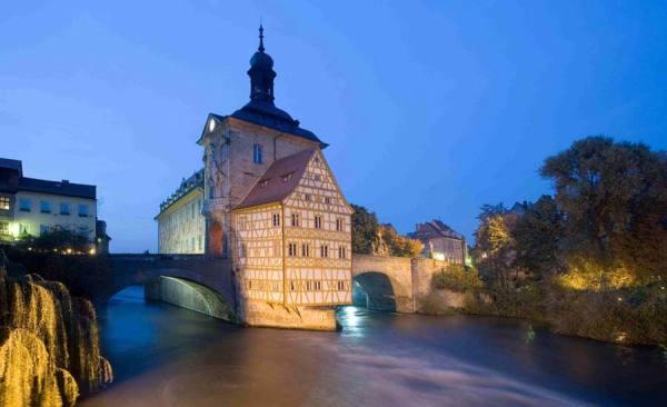 AltesRathaus_Wahrzeichen_Feldrapp-Pics021_RET