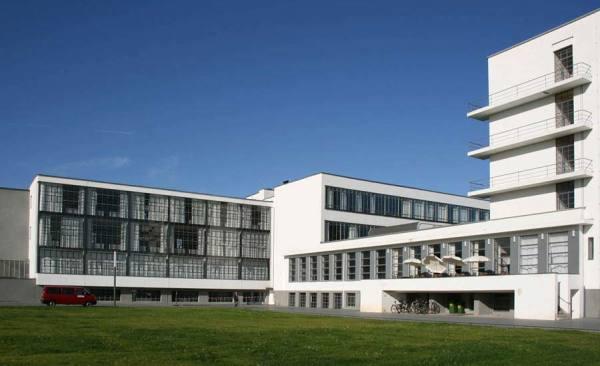 Dessau_05_bauhaus_presse_RET