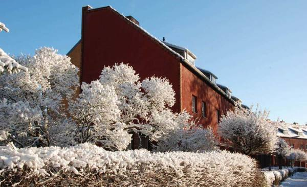 Hufeisensiedlung_WinterImpression_im_Huesung_c-BenBuschfeld_RET
