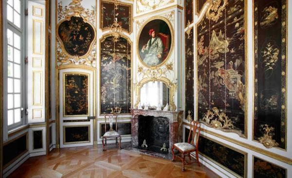 SchlossFalkenlust_Lackkabinett_Foto_HorstGummersbach_RET