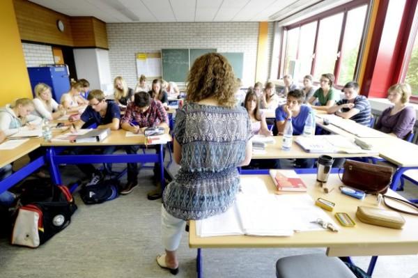 Schulunterricht-School-education-