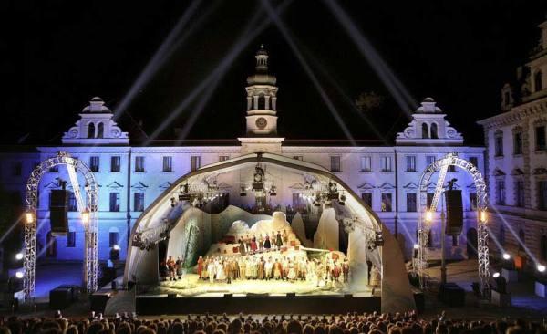 Thurn-und-Taxis_Schlossfestspiele_RET