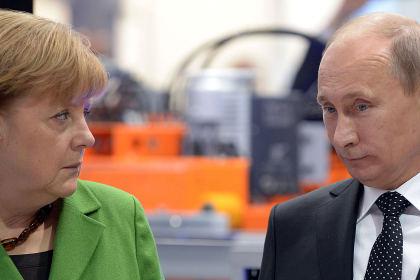 Ангела Меркель в Петербурге: выступление на форуме и скандал, которого не будет
